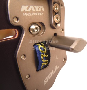 Kaya Soul Gold Arch Finger Tab - Thumb Rest